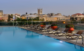 Grand Cort Hotel pool 01