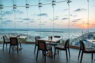Herods Tel Aviv lobby 1 300 dpi
